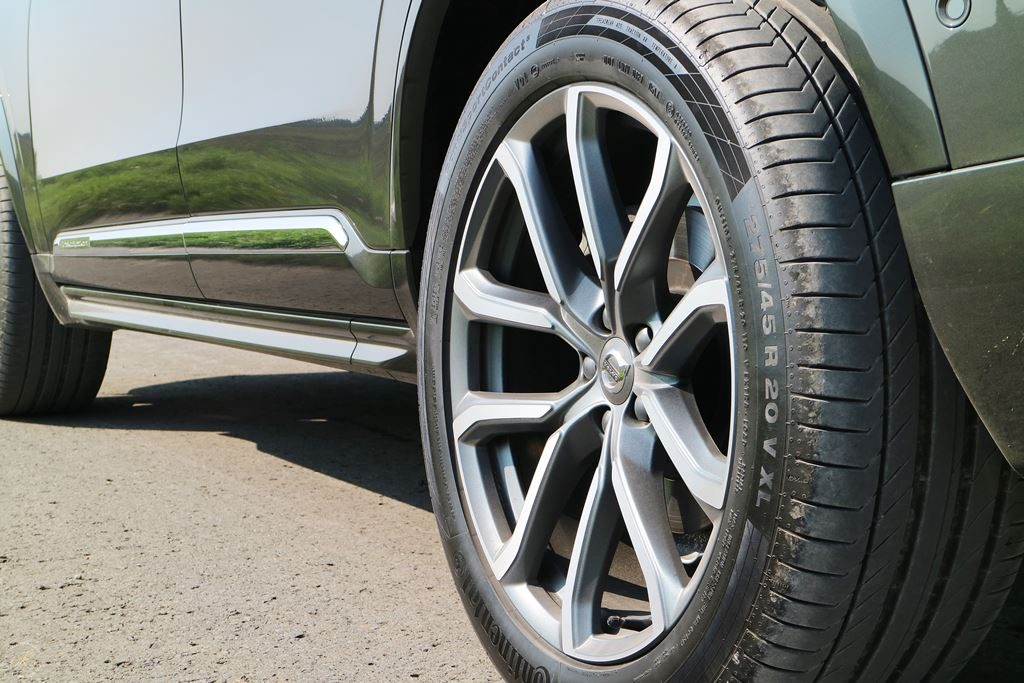 Volvo-XC90-Testbericht-Familienautotest-Felgen