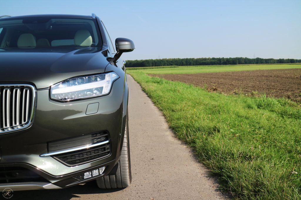 Kullakeks-Volvo-XC90-Testbericht-Familienautotest-Front