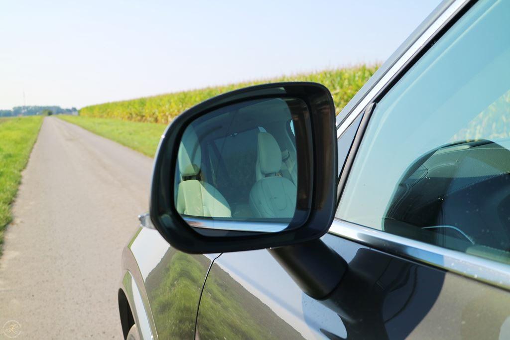 Kullakeks-Volvo-XC90-Testbericht-Familienautotest-Seitenspiegel