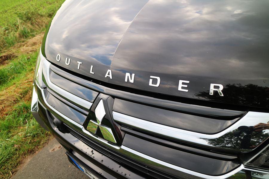 Kullakeks - Familienautotest - Mitsubishi - Outlander - Front