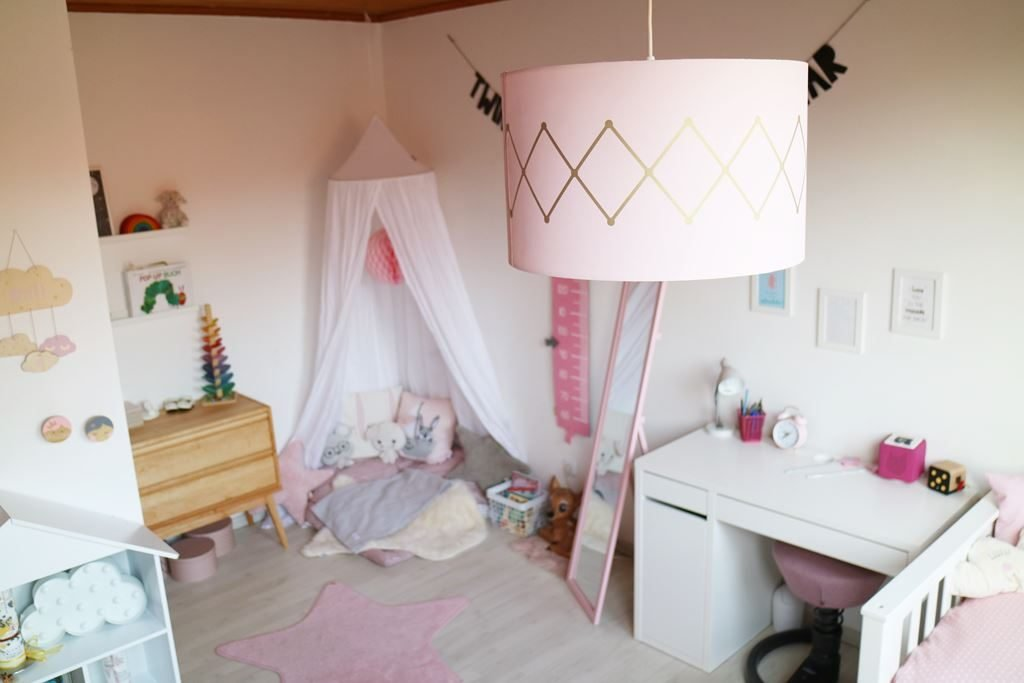Kullakeks - Kinderzimmer - Mädchenzimmer - Lampe - Jollyroom