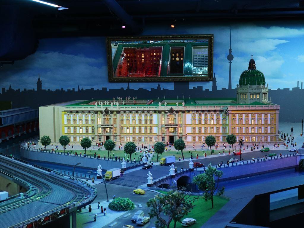 Kullakeks - Berlin - Familienwochenende - Lego Land Discovery Center2