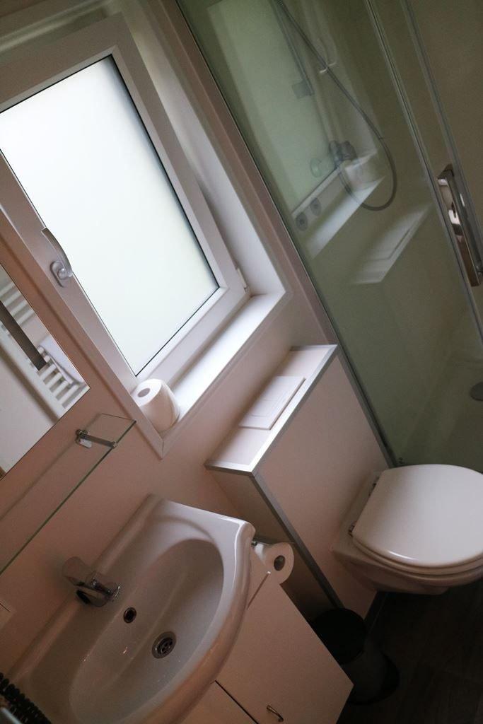 Kullakeks - Tropical Islands - Kurzurlaub - Mobile Homes - Badezimmer
