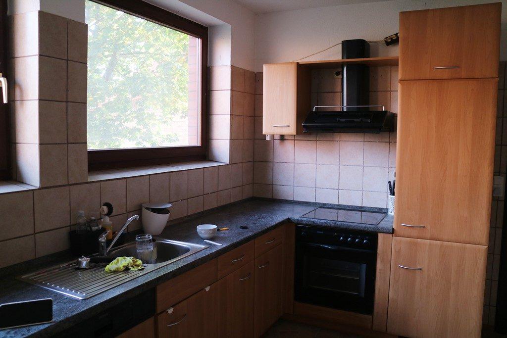 Kullakeks - Küche - Vorher - Ausgeräumt1