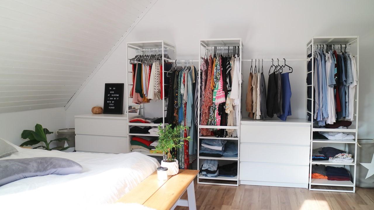 Kullakeks - Schlafzimmer - Endergebniss - offener Kleiderschrank - Ikea Jonaxel