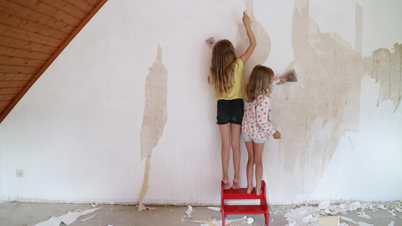 Kullakeks - Schlafzimmer - Renovierung - Tapete entfernen